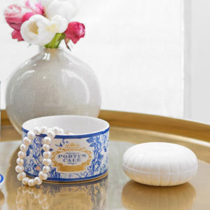 2 2305 pc goldblue soap in jewel box 900x900 1